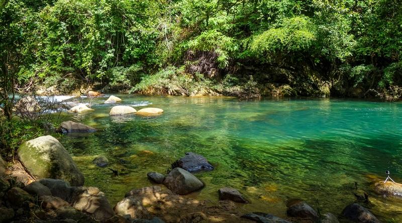 Thailand ist herrlich. Daher möchten einige Urlauber sich gerne mehrere Regionen des Landes auf einer Rundreise ansehen und nur für ein Wochenende an die Westküste kommen.